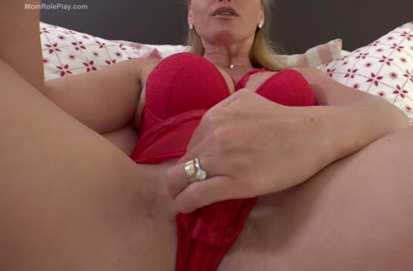 Girls All MOMMY wants for her BIRTHDAY - Kathia Nobili [Clips4Sale] (FullHD 1080p)