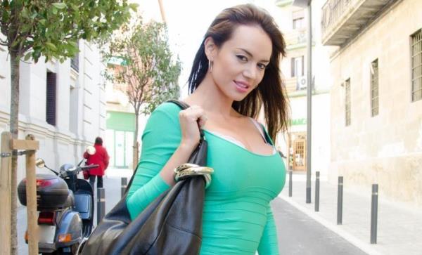 Franceska Jaimes - Sexy Milf Gets Banged Hardcore (2019/FullHD)