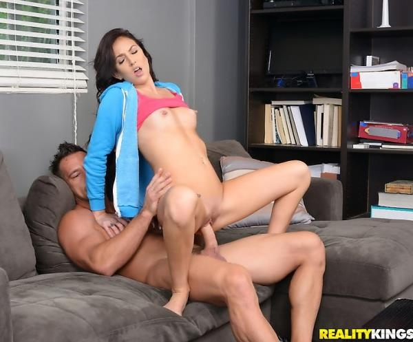 Johnny Castle, Aubrey Rose - Sitter Busted 1080p