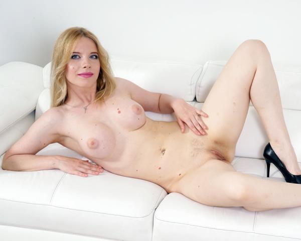 Kiara Night - Kiara Night Enjoys Her First Interracial Porn Scene With First Anal And DP IV333 720p