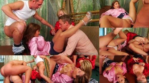 Tatiana Milovani, Miss Piss - Swollen Snatch And Piss Action (523 MB)