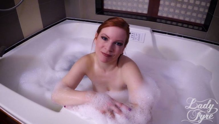 Lady Fyre - Tub Time with Mommy (2019/FullHD)
